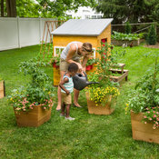 childrens_garden_house_003.jpg
