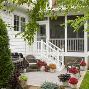small_patio_b_2017_015.jpg